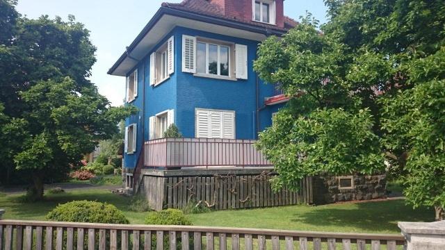 Charmantes Haus mit grossem Garten und separatem Saunahaus 12284912