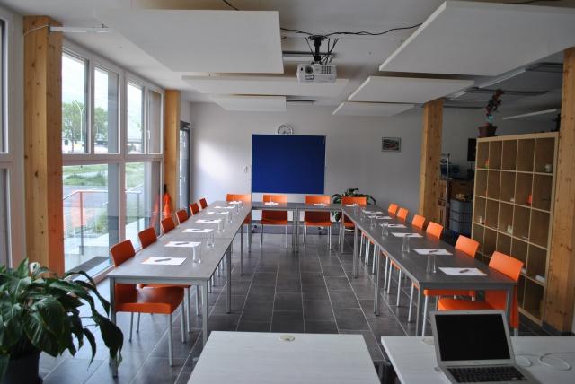 MARTIGNY - Bureaux lumineux + salle de conférence 150 m2 div 11377533