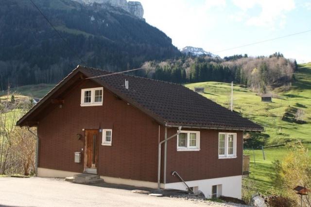 Ferienhaus an sonniger und aussichtsreicher Wohnlage! 10557235
