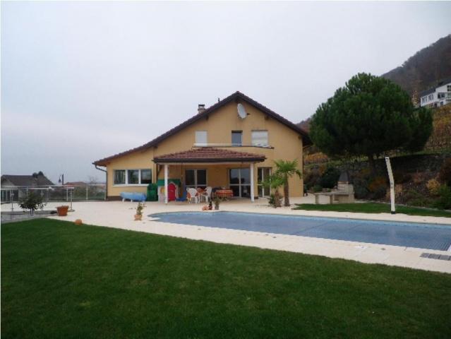 Très belle villa individuelle avec piscine 13024323