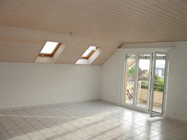 Très bel attique de 4.5 pièces avec mezzanine à Saint-Légier 10684859