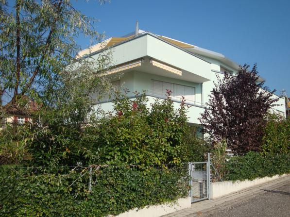 Helle, moderne Attika-Wohnung mit grosser Terrasse (63 m2) 11657820