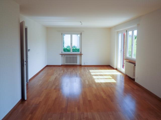 Charmantes, helles 4-Zimmer Einfamilienhaus mit Garten in It 11974845