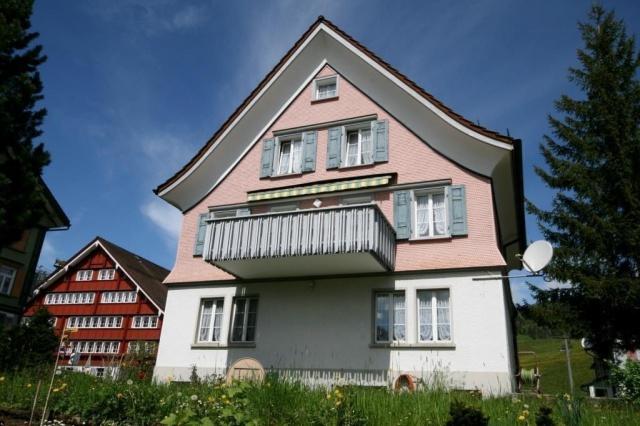 Grosszügiges Wohnhaus an guter, zentraler Lage! 11376933