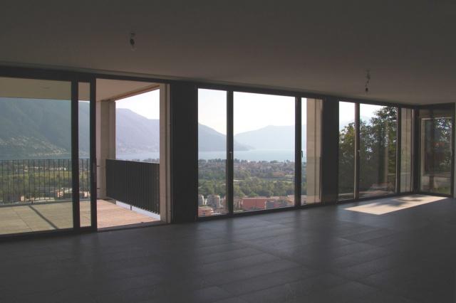 appartamento esclusivo (duplex) con vista a 180° sul Lago Ma 12307388