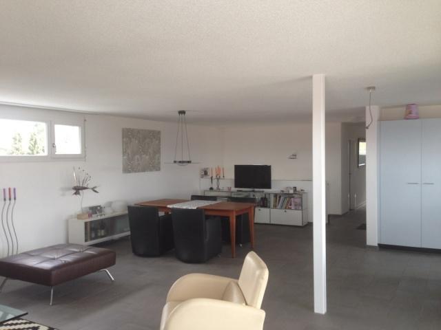 top-moderne 4.5-Zimmer-Attikawohnung mit Terrasse