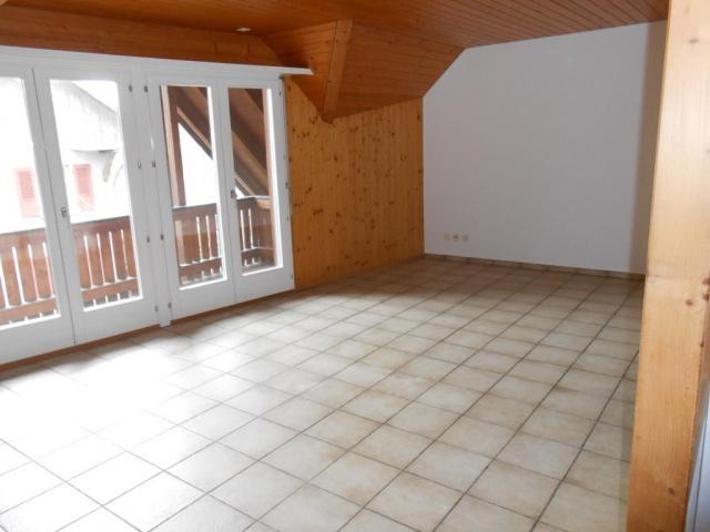 Grosszügige 4 1/2-Zi-Wohnung mit Galerie
