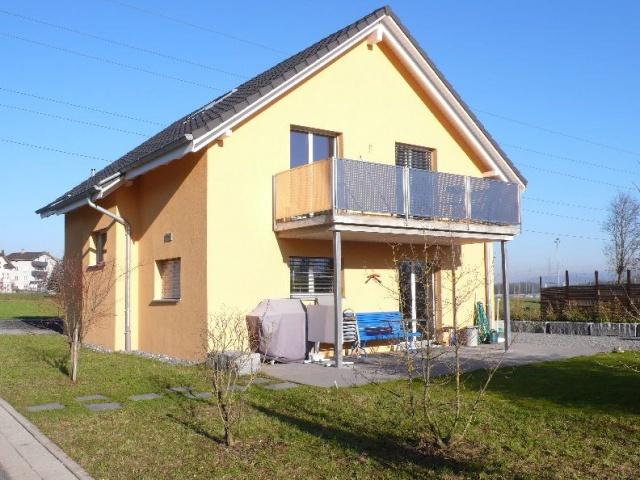 Wunderschönes, freistehendes Haus an ruhiger, zentraler Lage 10976438