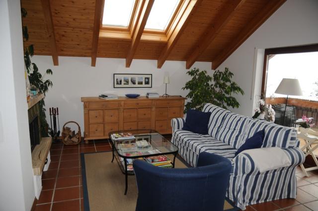 4 Zimmer Dachwohnung 13035950