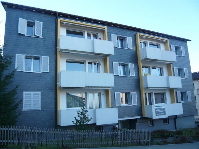 renovierte 3.5 Zi-Wohnung mit Balkon