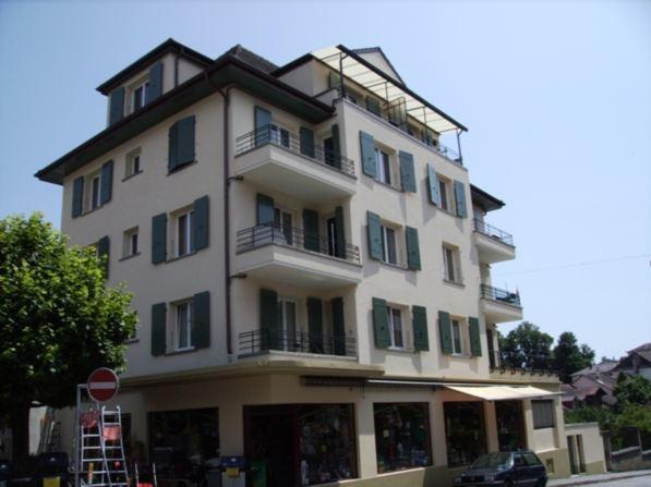 Appartement de 3.5p avec deux balcons au centre de Colombier 11975349