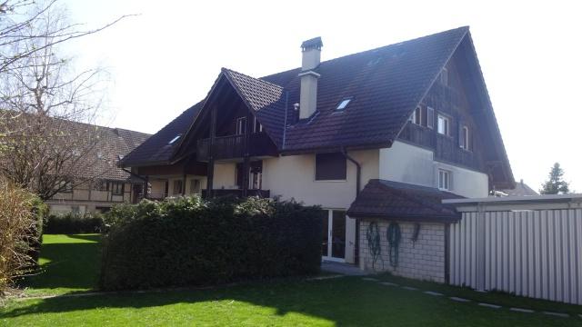 Grosszügige 4 1/2-Zi-Wohnung mit Balkon 10621408