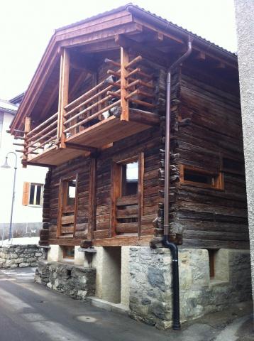 Verbier - Montagnier, grange madrier rénovée a louer à la se