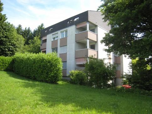 2-Zimmer-Dachwohnung an bevorzugter, ruhiger Wohnlage