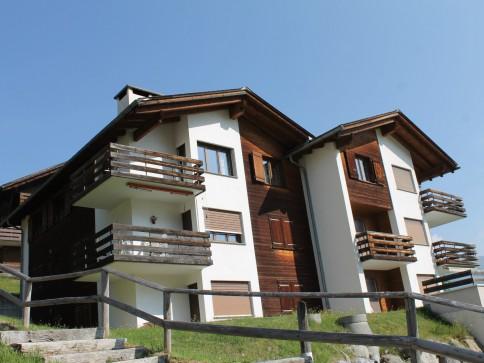 3.5-Zi-Dachwohnung mit Schlafgalerie in Affeier, Nähe der Bergbahnen