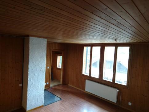 3.5 Zimmer-Dachwohnung: viel Stauraum und zentral nähe Bahnhof