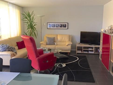 3.5-Zimmer Eigentumswohnung mit Bastelraum und Parkplatz