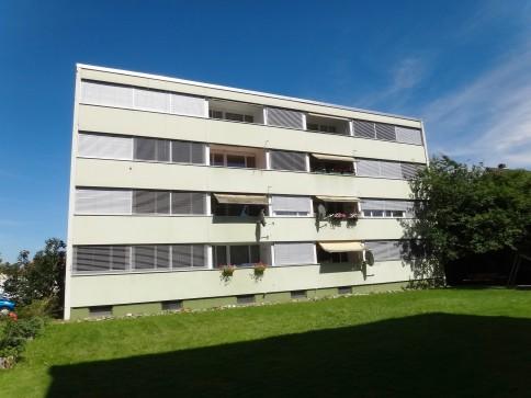 4.5 Zi'Eigentumswohnung mit gedecktem Balkon ...