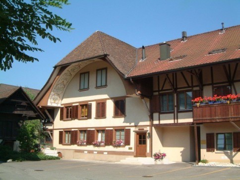 4-Zimmer-Parterre-Wohnung/Büro/Praxis