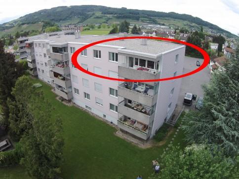 5.0 Zimmer-Dachwohnung - Top Zustand - Top Aussicht