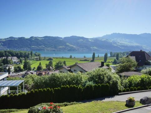 5,5-Zi-Maisonette-Wohnung:Cheminée+unverbaubare Seesicht in Thun/Gwatt