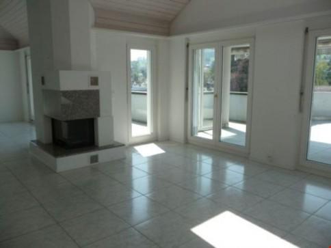 6.5-Zimmer-Luxus-Attika-Wohnung mit Galerie