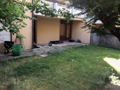 Appartement 3 pièces au Rez-de-chaussez avec terrasse et jardin