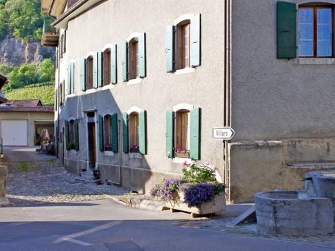 Appartement dans maison villageoise de charme à Ollon