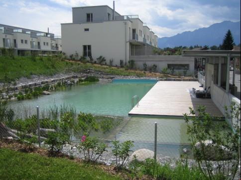Attraktive, helle Wohnung mit Schwimmteichnutzung