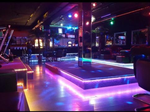 Bar/Discothek/Club