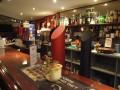 Beliebtes, urchiges Pub im Dorfkern von Brienz