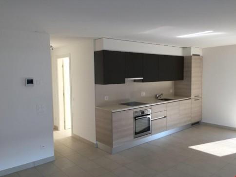 Bell'Appartamento 3,5 Locali in Nuova Residenza! 2 POSTEGGI INCLUSI!