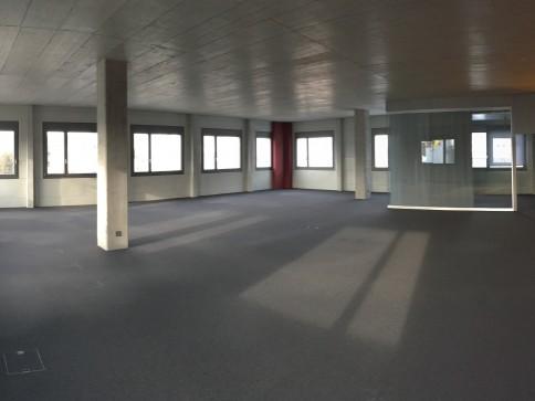Bürofläche in Reinach - einmalig, günstig, modern