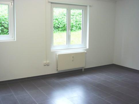 Büroräume/Atelier im Erdgeschoss zu vermieten