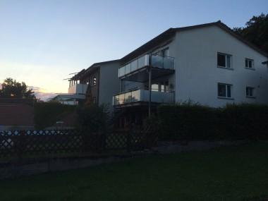 Charmante Wohnung im Einfamilienhaus-Quartier & Balkon mit Rheinsicht