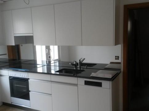Ein hauch von Luxus, neu Renovierte 4 Zimmer Wohnung