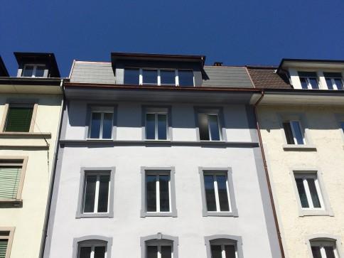 ERSTBEZUG: Sanierte 2.5 Zimmerwohnung