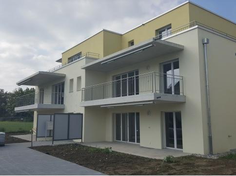 Erstvermietung - 4.5 Zimmer Wohnung EG an Top Lage zu vermieten!