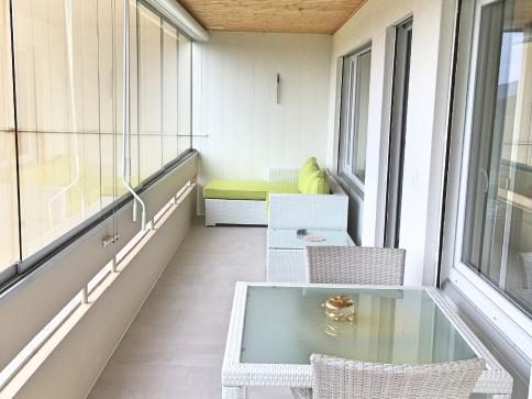 Frisch renovierte 3.5 Zimmerwohnung in Rütihof