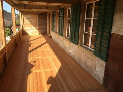 frisch renovierte 4.5 - Zimmerwohnung in ehem. Bauernhaus