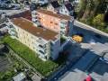 grosse moderne Wohnung mit Balkon