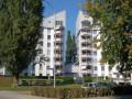 Grosse Wohnung mit 2 Balkonen