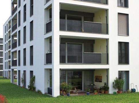 Grosszügige 4.5-Zimmerwohnung zu vermieten im 2. Stock