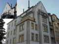 Jugendstilwohnung mit Terrasse und Balkon
