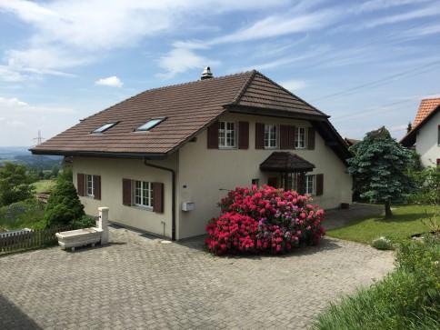 Landhaus mit Ausblick auf Alpen und 3-Seen