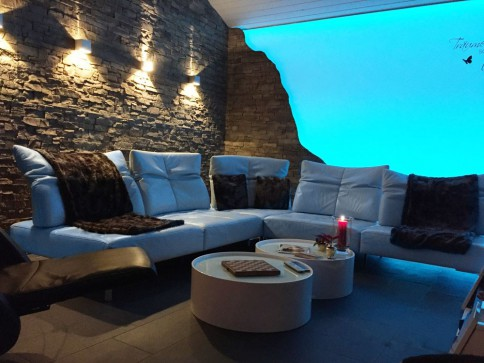 Luxuriöse Penthouse-Wohnung mit riesigem Gartensitzplatz 90 m2