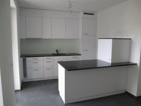 Moderne 2.5 Zimmer-Parterre-Wohnung