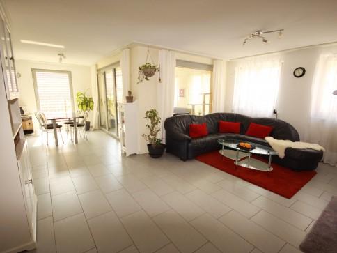 moderne 3 1/2 Zi- Wohnung zu vermieten