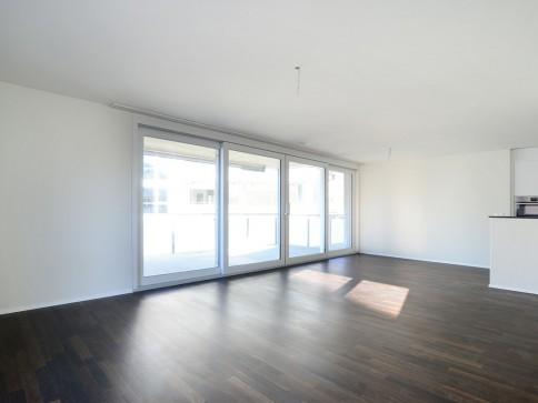 Moderne und helle Wohnung mit Naturanschluss!