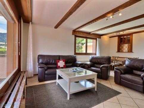 Mondzeu C246 - appartement rénové au plein centre de la station